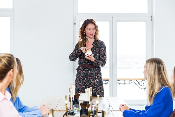 Mylène consultant explaining a product at a homeparty